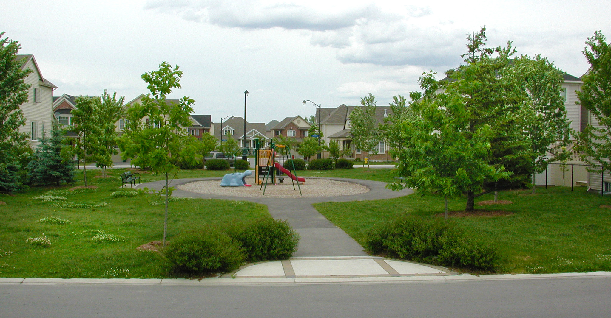 Figure 1: A small park serves also as a connector between two streets